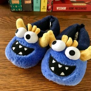 Carter's 🎃 Slippers Halloween Gordo-S Monster Boy